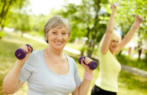 Занятия спортом для женщин в период климакса