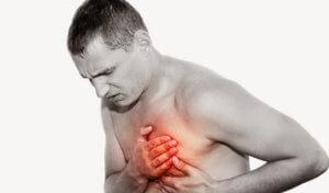Физиологические состояния, сопровождающиеся болью в груди