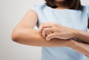 Осложнения от сожительства вместе с чесоточным клещом