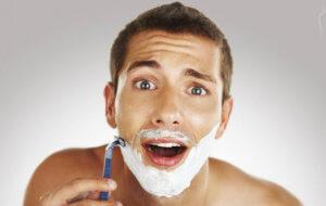 Повреждение кожи лица бритвенным станком