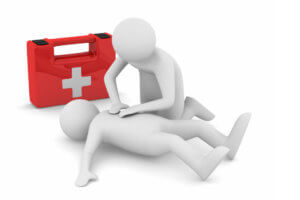 Доврачебная помощь может спасти жизнь человеку