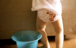 Жидкий стул у детей более 3 недель