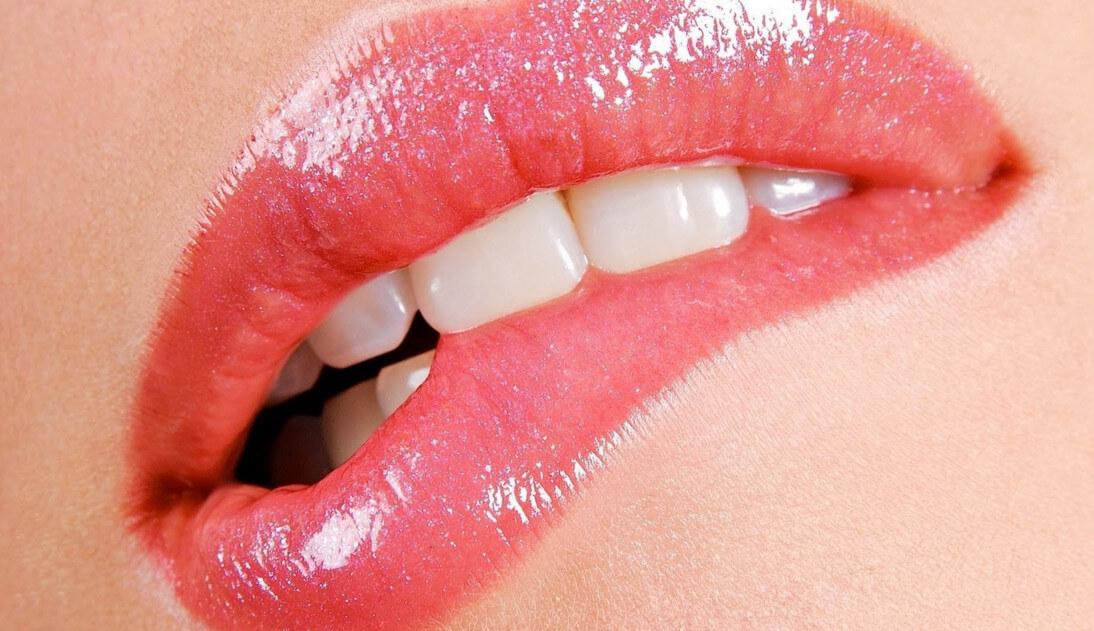 Увеличение губ в домашних условиях: волшебные способы