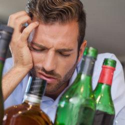 Как вылечить человека от алкоголизма: основные методы