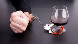 Основные принципы лечения зависимых от алкоголя людей