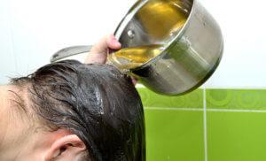 Отвар лекарственных трав для ополаскивания волос