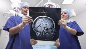 Обследование головы при рассеянном склерозе