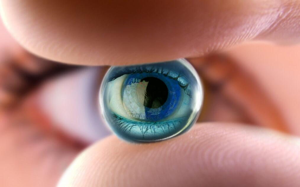 Искусственный хрусталик глаза: что это такое и для чего его заменяют