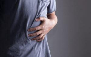 Сильная боль при воспалительном процессе в поджелудочной железе