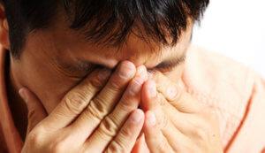 Помощь пострадавшим глазам во время сварки