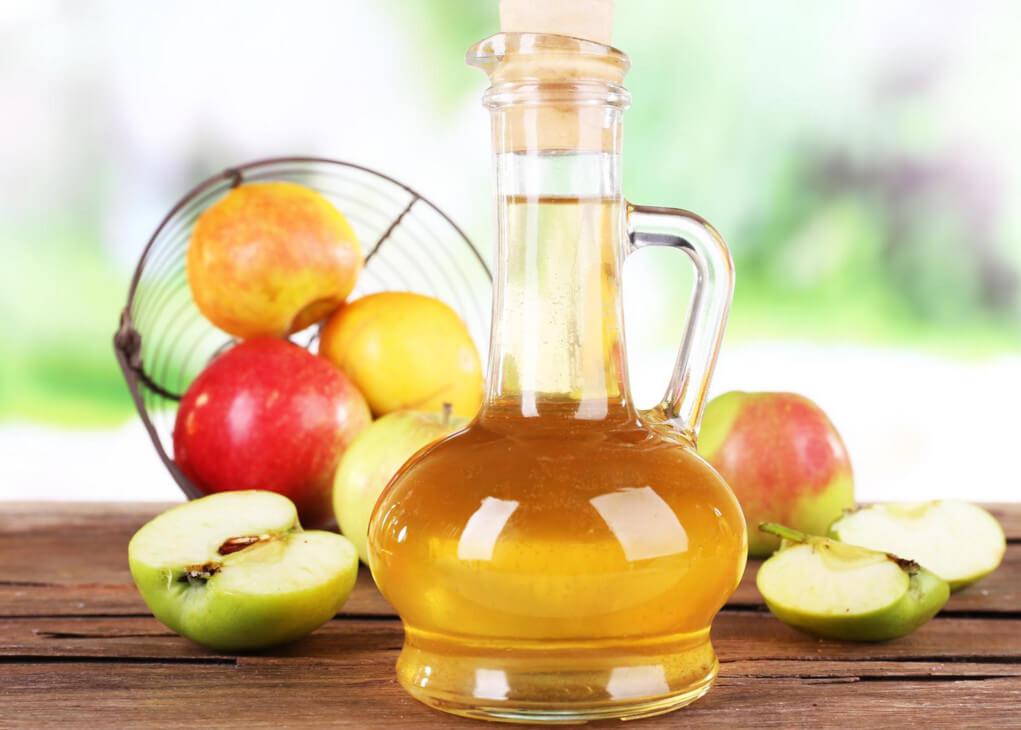 Приготовление яблочного уксуса в домашних условиях: секретные рецепты, состав, польза, вред