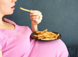 Полезные вещества в питании для беременной женщины