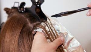 Изменение цвета волос с помощью народных средств