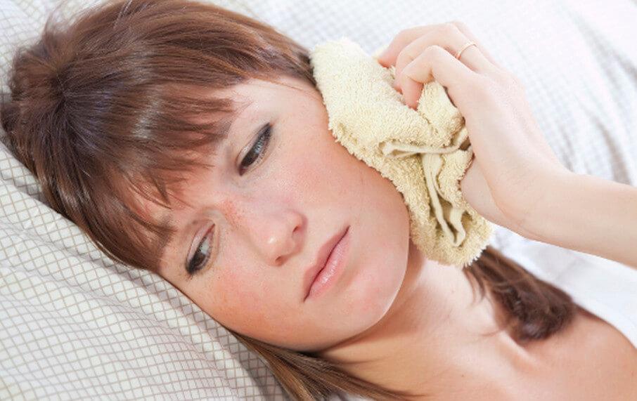 Народные средства от боли в ухе: рецепты и применение
