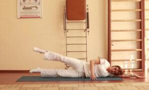 Упражнения от грыжи в спине