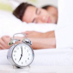 Правильный режим сна: зачем нужен и какие последствия несоблюдения графика
