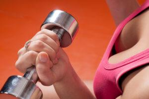 Специальные упражнения для постепенного роста груди