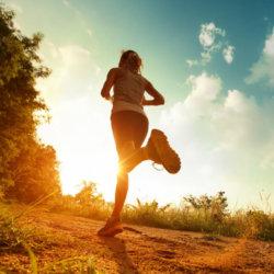 Полезен ли бег по утрам: плюсы и минусы для здоровья
