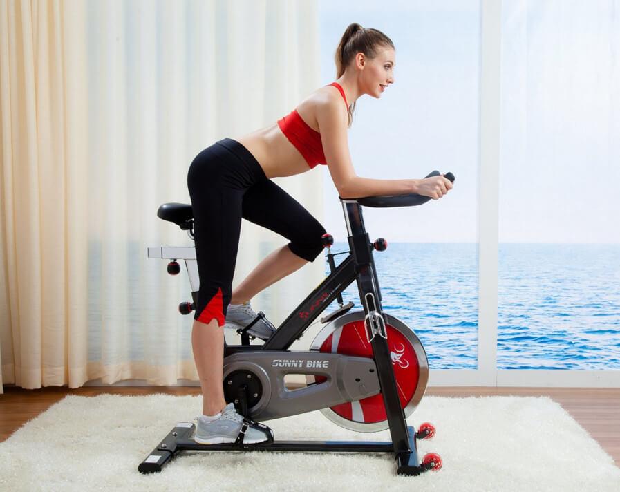 Можно ли накачать ноги на велотренажере, особенности тренировок
