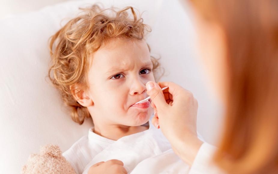 Как лечить грипп у детей традиционными и народными средствами
